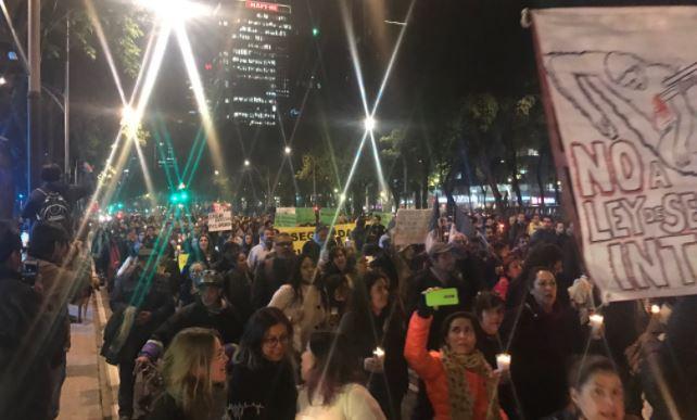 Ciudadanos se movilizan esta noche contra la Ley de Seguridad