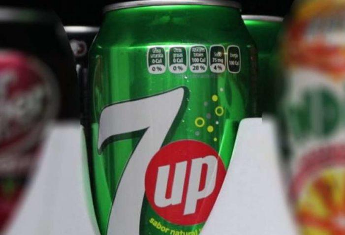 Liberan venta de 7UP en Mexicali a tres meses de muerte por intoxicación