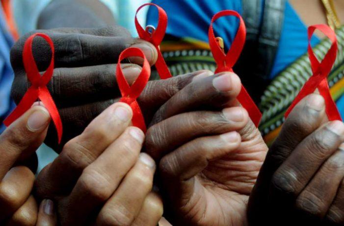 Al día, 33 personas se infectan de VIH en el país