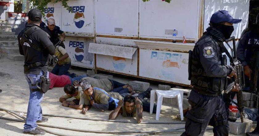 Acapulco: 11 muertos en enfrentamientos de policías comunitarios