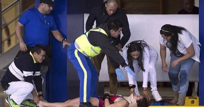Clavadista mexicana Samantha Jiménez se golpea la cabeza y cae inconsciente al agua