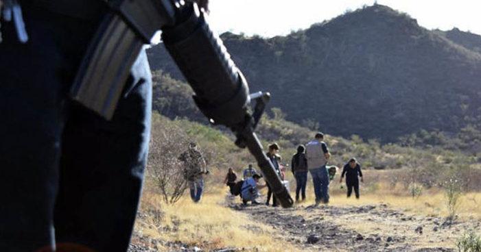 Encuentran 'narcofosa' en Sonora, se han hallado más de 150 restos humanos