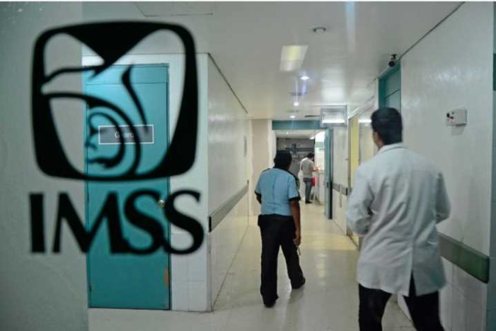 Fundación denuncia a médicos del IMSS por engañar a paciente con 'operación fantasma'
