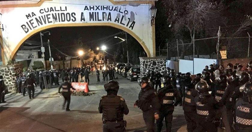 Intentan linchar a un hombre en Milpa Alta, policías consiguen llevárselo (Video)