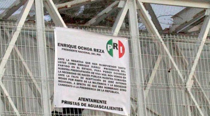 'Priistas' exigen quitar a Meade como precandidato presidencial