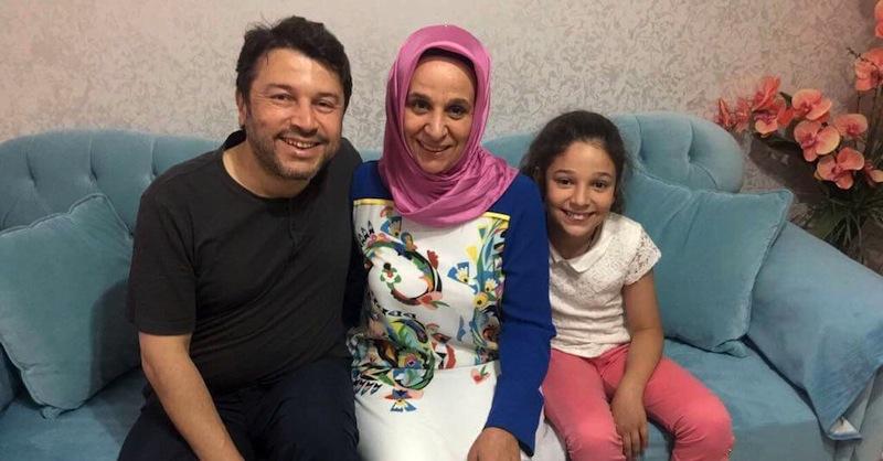 Un tribunal pone en libertad con cargos al presidente de AI — Turquía