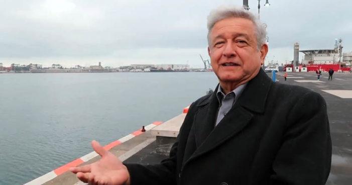 Claudio X. González exigió a Peña Nieto impedir el triunfo de Morena en 2018: AMLO