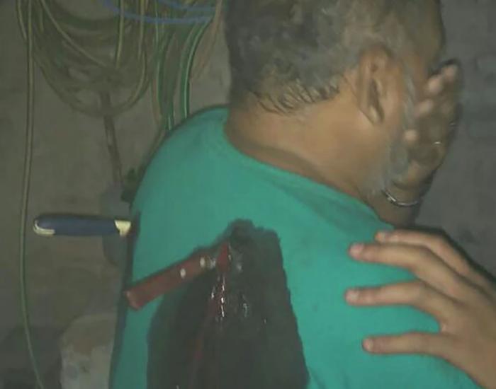 A cuchilladas, niña defiende a su mamá de su padrastro, en Argentina