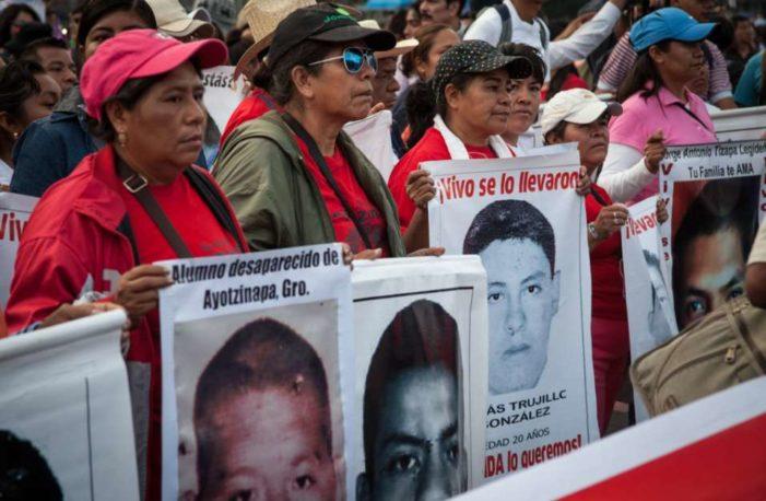'Nunca nos cansaremos': madres de normalistas a 40 meses de su desaparición