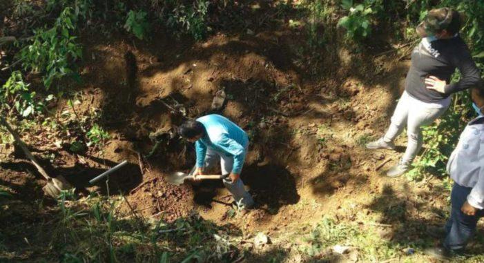Localizan 25 cuerpos en fosas clandestinas en Nayarit