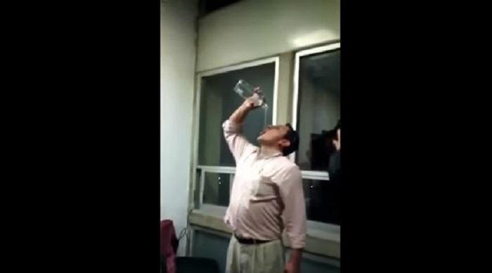 Funcionarios armaron fiesta en oficinas del gobierno de Ecatepec y ya los investigan