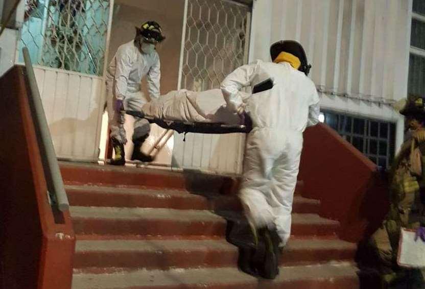 Encuentran a familia sin vida en departamento en Iztacalco