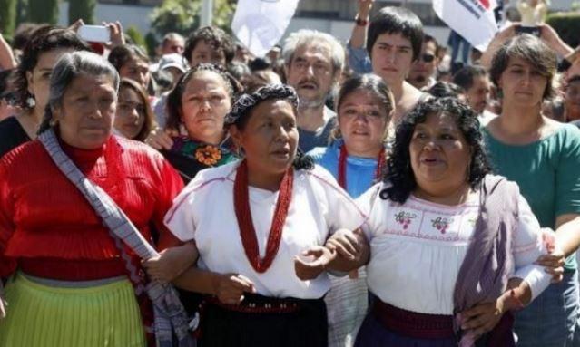 Atacaron al convoy de Marichuy en Michoacán