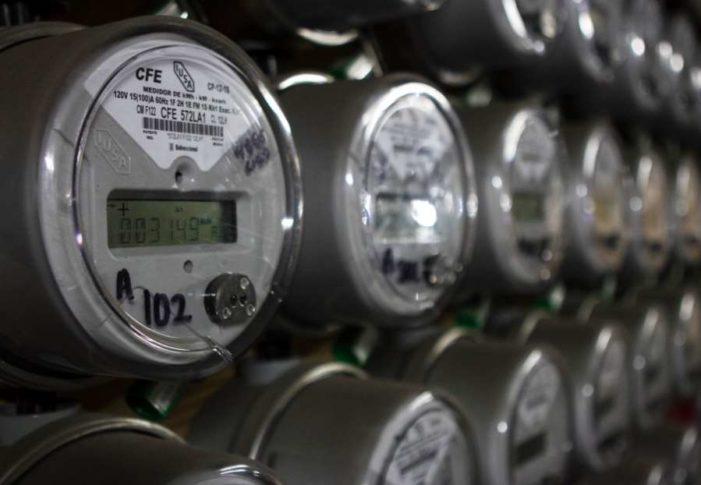 Empresarios acusan incrementos de hasta 400% en tarifas eléctricas