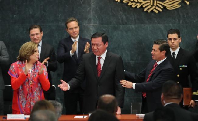 Osorio Chong deja la Secretaría de Gobernación