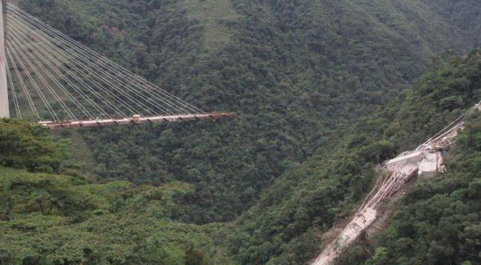 Al menos 10 murieron por colapso de puente recién construido en Colombia