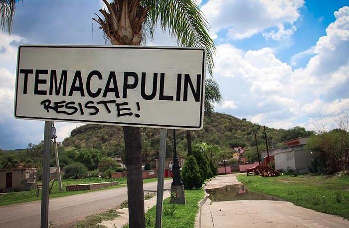 Regidora priista agrede a defensora de Temacapulín