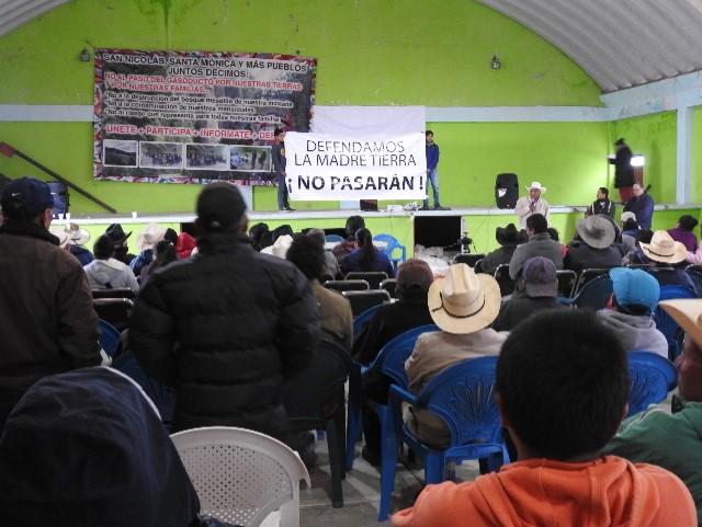 'No somos botín electoral': opositores a gasoducto de TransCanada en Puebla