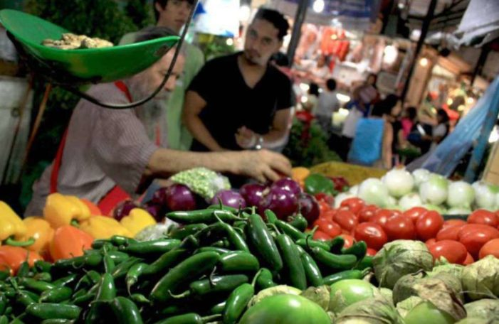 Poder adquisitivo de los mexicanos cayó 81% en 30 años: UNAM