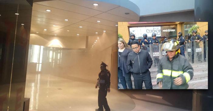 Reportan incendio en el 'Zara' de Plaza Coyacán, Ciudad de México