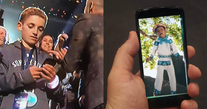 Sorprende en redes el niño que 'ignoró' a Justin Timberlake en el medio tiempo del Super Bowl