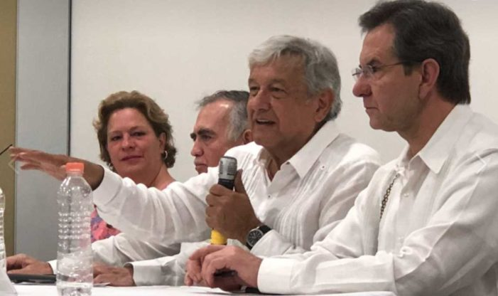 AMLO pide que se investigue a Ricardo Anaya y a Rosario Robles