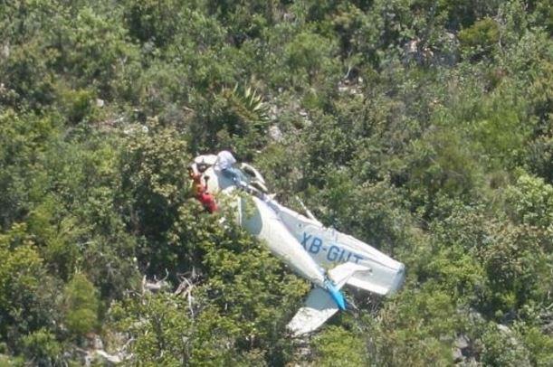 Dos personas murieron tras impacto de avioneta en el parque Izta-Popo