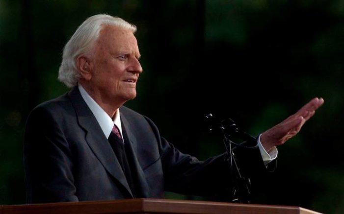 Billy Graham falleció a los 99 años, el pastor evangélico más conocido del mundo
