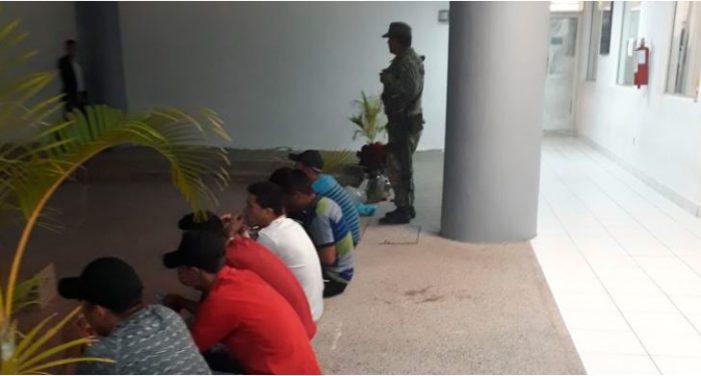 Militares detienen a 21 centroamericanos en Tamaulipas