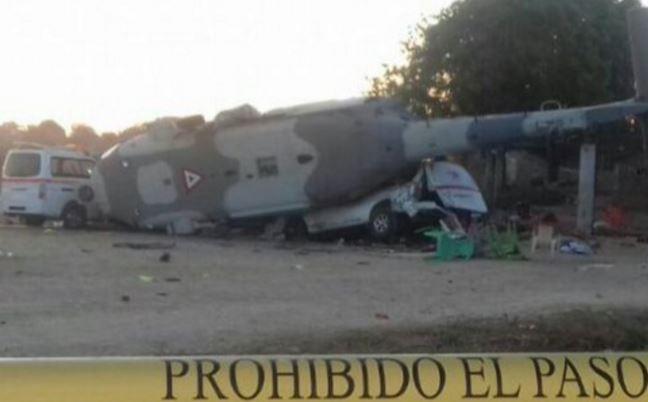 Desplome de helicóptero en Oaxaca deja 13 muertos, entre ellos un bebé