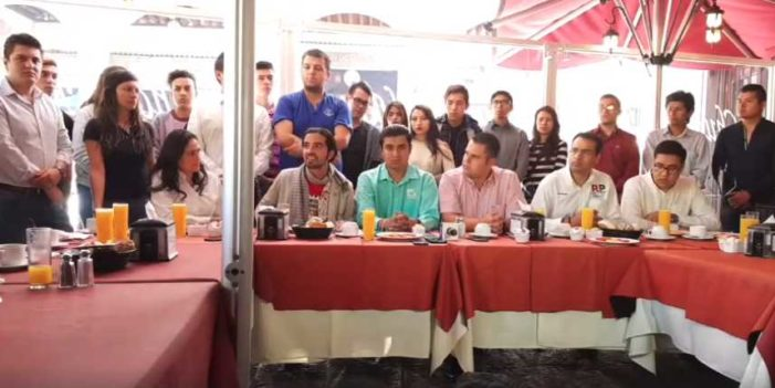 Renuncian 1,600 jóvenes a Nueva Alianza en Querétaro, apoyarán a AMLO