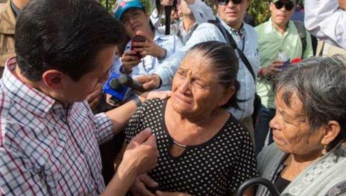 EPN pide a poblanas vigilar a maridos para que no gasten el dinero de reconstrucción en cerveza