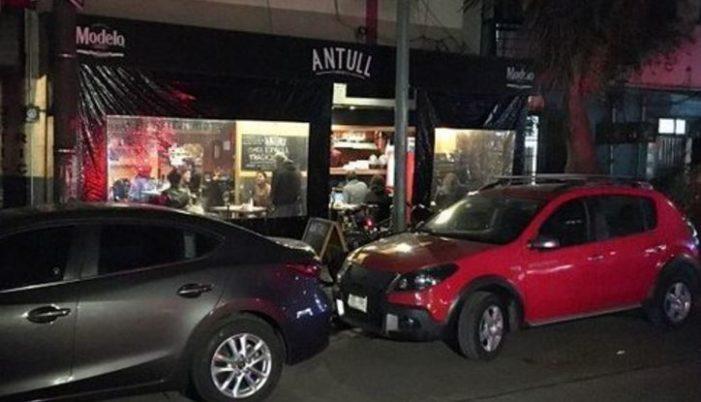 Otro asalto a comensales de la Condesa, les quitan celulares y dinero