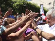 Celebra AMLO fin del fuero para funcionarios y el Presidente de la República