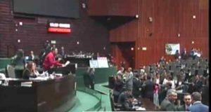 Diputados aprueban eliminar el fuero para funcionarios y el Presidente de la República