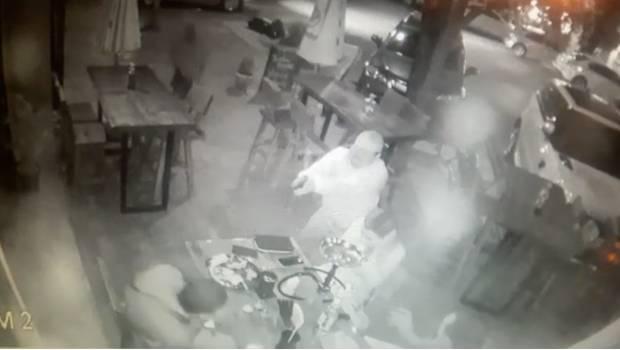 Muere hombre atacado a balazos en Centrito Valle en San Pedro