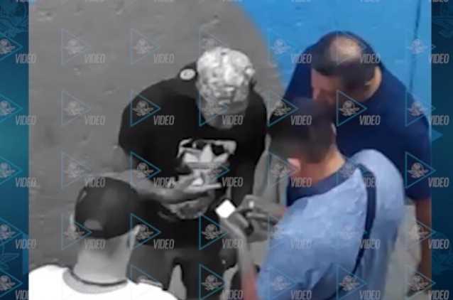 Captan a mandos policiacos recibiendo mordida de líder criminal de Tepito