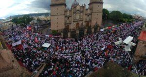 AMLO congrega a miles de simpatizantes en su cierre de Morelia, Michoacán
