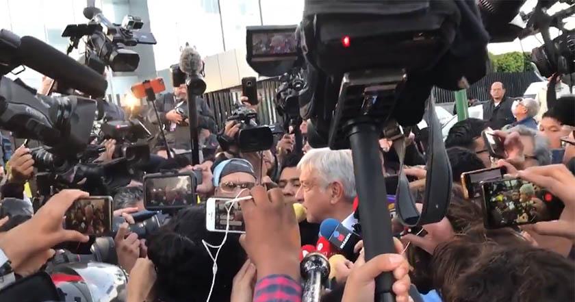 La celebración de Belinda por triunfo de López Obrador