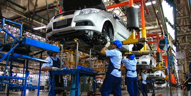 Industria automotriz de México, EU y Canadá piden retomar TLC
