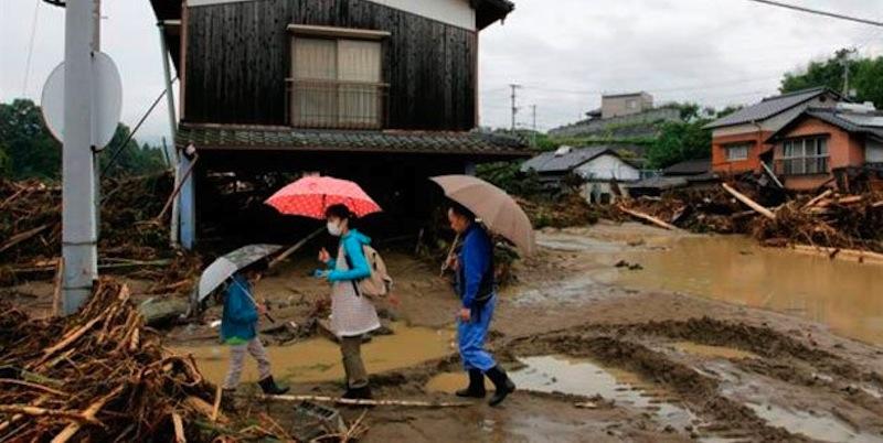 Al menos 30 muertos y varios heridos tras lluvias e inundaciones — Japón