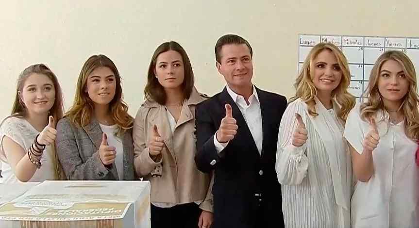 Emite Peña Nieto su voto y garantiza resultado de comicios