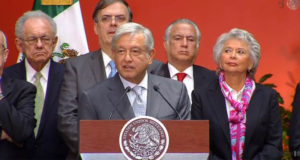 AMLO descarta que Elba Esther Gordillo vaya a estar o influir en su gobierno