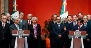 Discursos completos de AMLO y Peña Nieto en Palacio Nacional