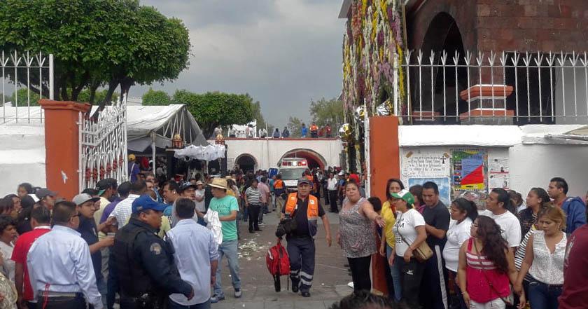 Explosión de pirotecnia deja varios heridos en iglesia de Coyoacán