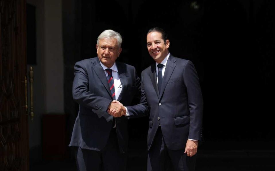 Ejército nunca más reprimirá: AMLO en Tlatelolco