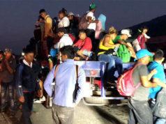 Llega Caravana Migrante a Pijijiapan; hay niños deshidratados y con fiebre