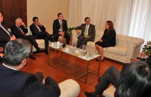 Se reúne Ebrard con representantes de Triángulo Norte para crear plan de desarrollo