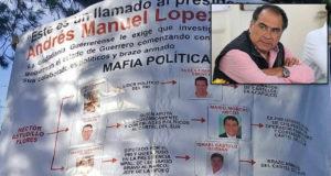 Astudillo protege al crimen organizado, denuncian con mantas dirigidas a AMLO en CDMX