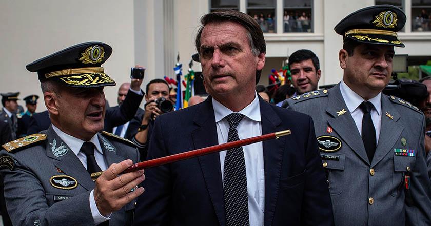 Como Trump, Bolsonaro busca mover embajada de Brasil en Israel a Jerusalén